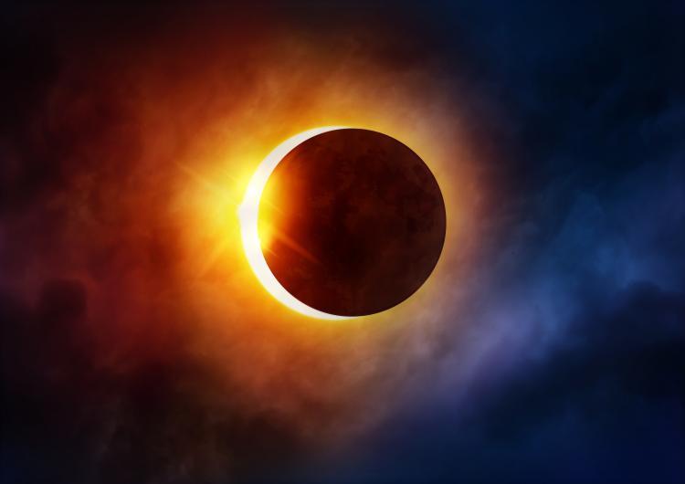 partial-solar-eclipse-clouds